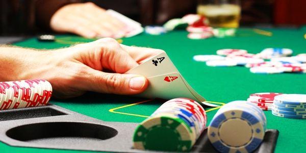 dari permainan kasino