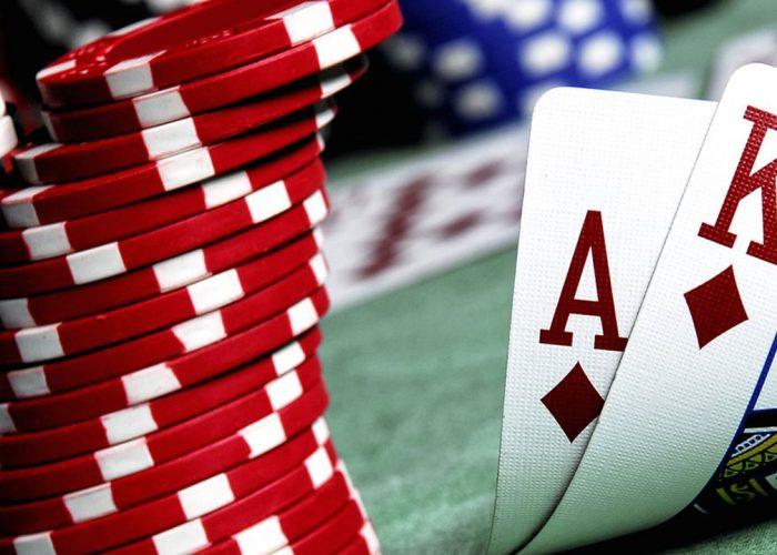 gambling earn money